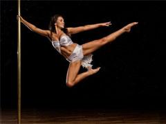 С чего начать обучение pole dance
