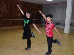Как выбрать школу танцев по тектонику