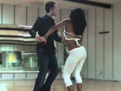 Бачата - как танцевать правильно