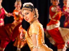 Одежда для индийских танцев