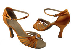 Как выбрать обувь для танца румба