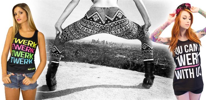 Девушка в джинсовых шортиках трясет попой 3 фотография