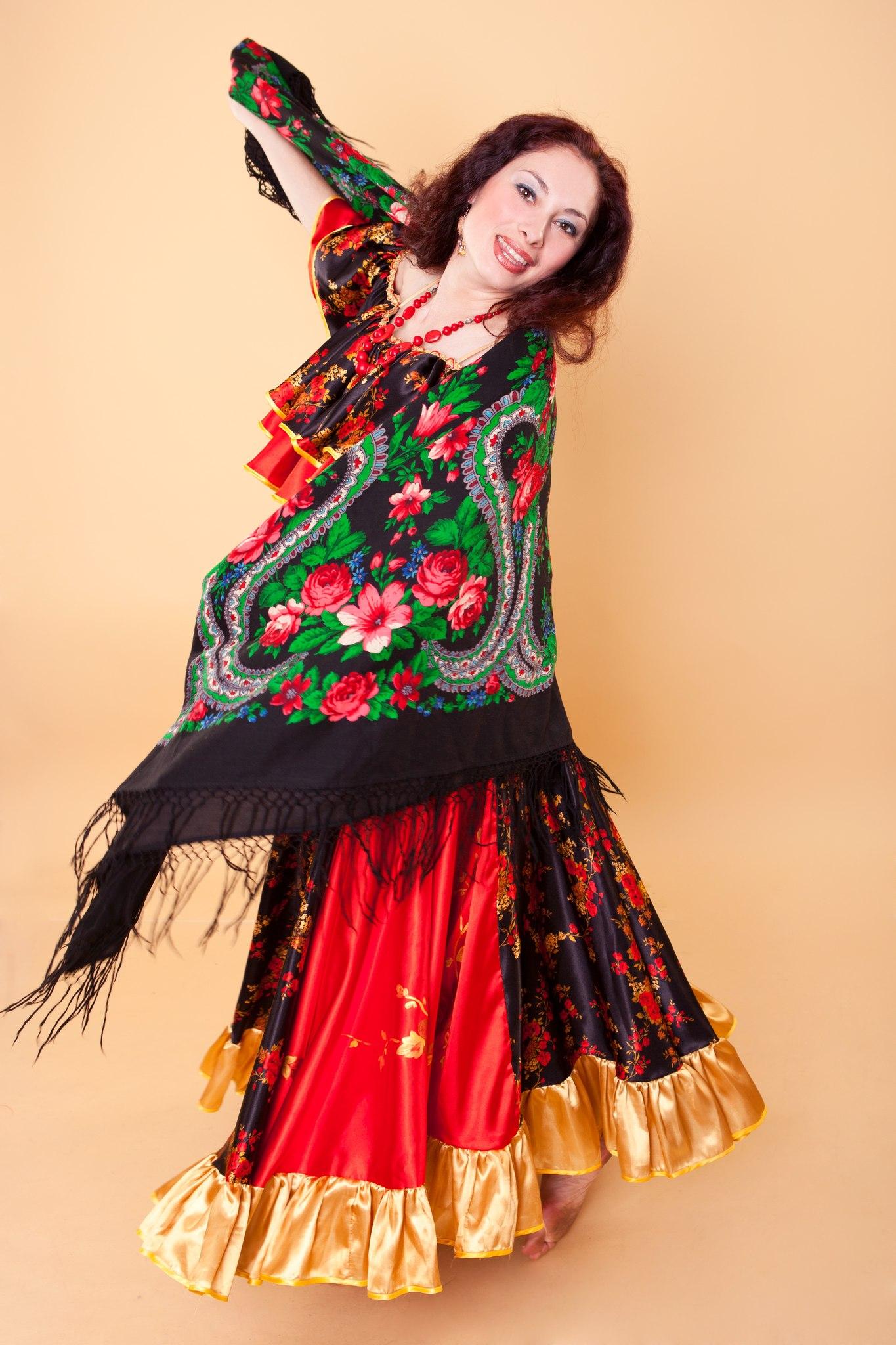онлайн видеоуроки цыганским танцем онлайн