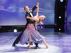 Как самому научиться танцевать фокстрот