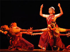 Как самому научиться танцевать индийские танцы