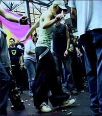 Как научиться танцевать shuffle?